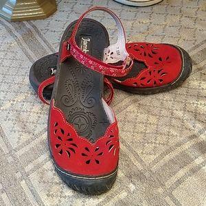Jambu sandals